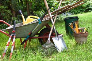 Особенности при садовом и огородном строительстве