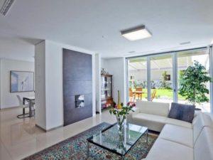 Французские окна для городских квартир и частных домов