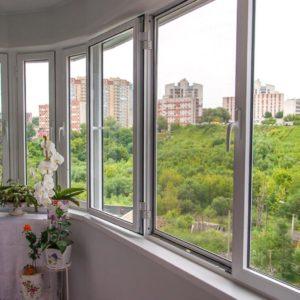 Остекление балконов и лоджий – основные варианты